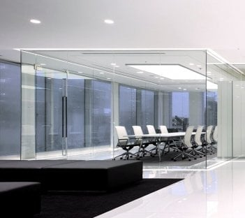 Glass Room Design